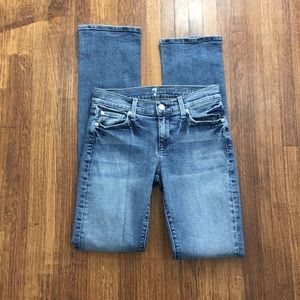 7FAM 25 straight leg distressed faded casual